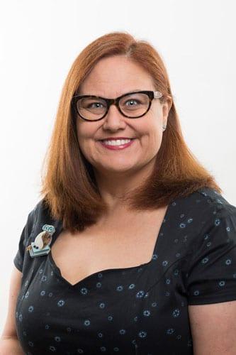 Dr Lisa Moreton